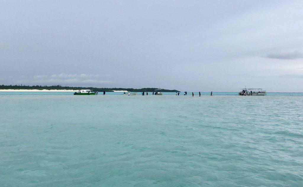 与論島の百合が浜
