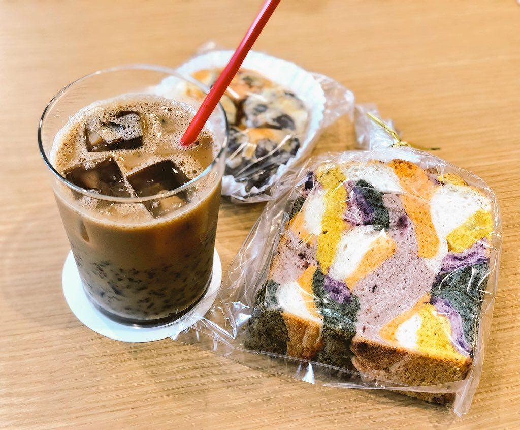 桜島フェリーターミナルのカフェ