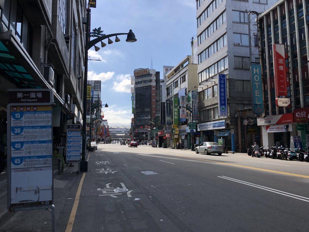 台中駅の第一広場のバス停